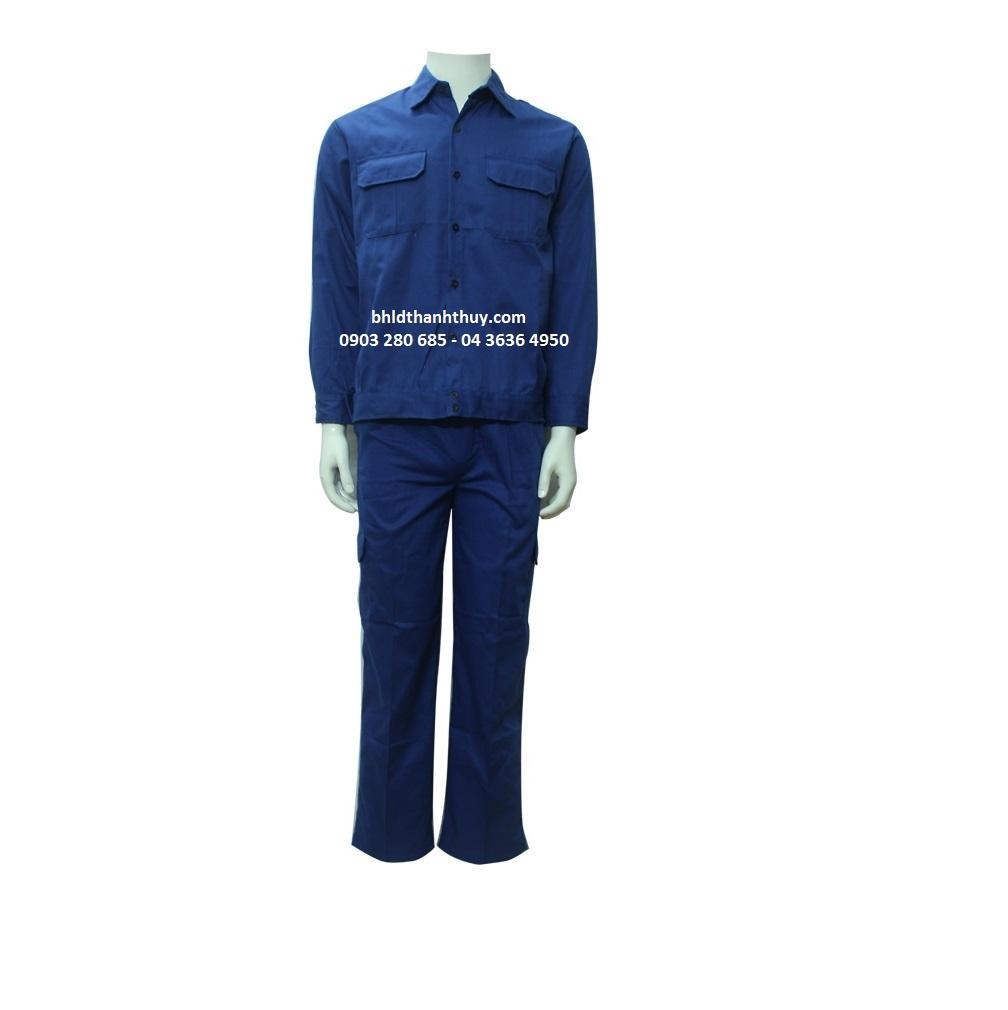 Quần áo màu xanh dương vải kaki